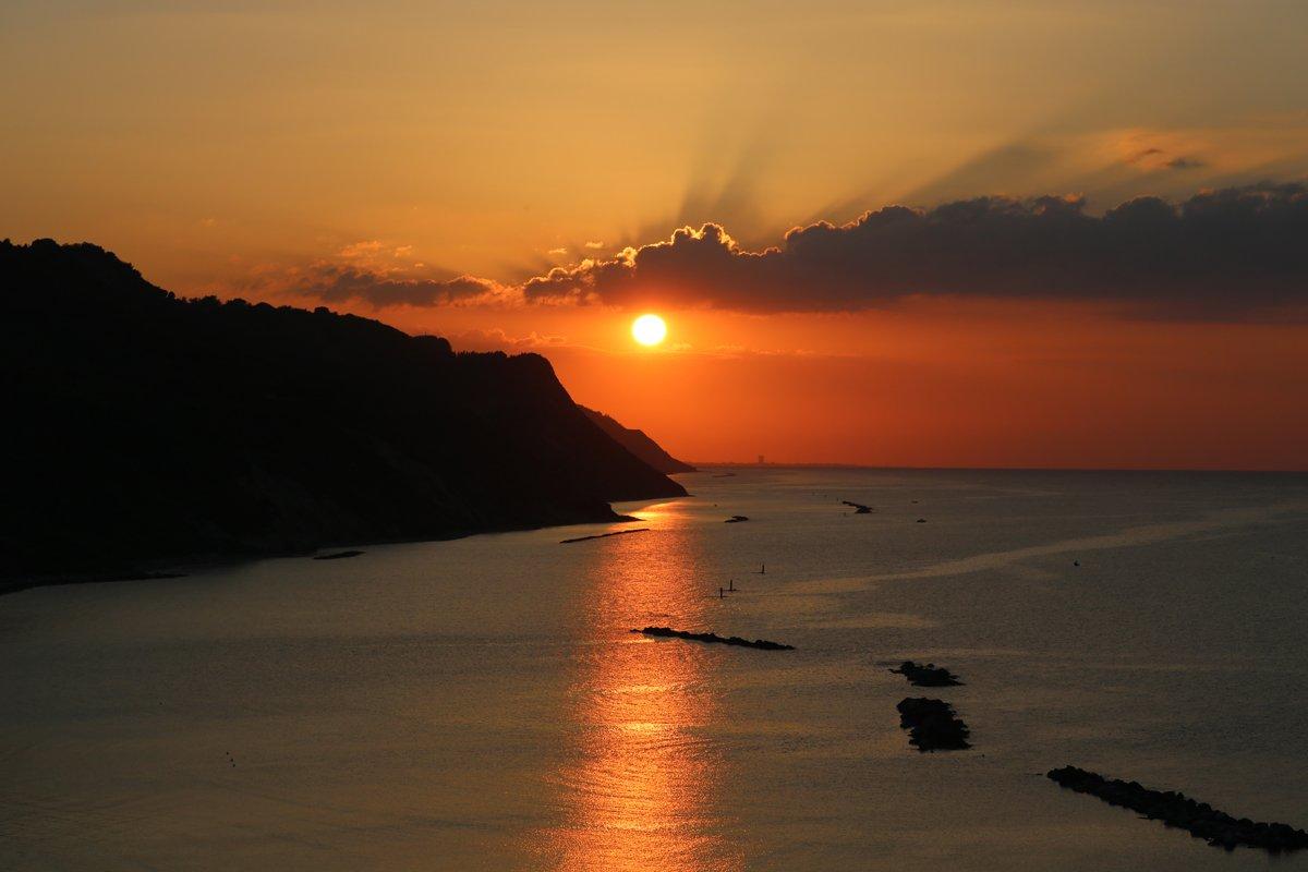 tramonto baia flaminia 1 giugno 2018